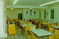 Den großen Schulungsraum haben die Helferinnen und Helfer schon fertig eingerichtet. Auch eine kleine Küche gehört dazu, um die THW'ler bei langen Einsätzen verpflegen zu können. Quelle: Christian Villwock